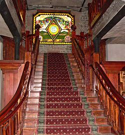 250px-Niebaum-Coppola_winery_staircase